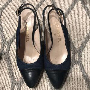 Vintage Chanel heels. blue / denim pumps. Size 5.5